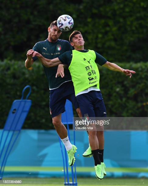 Lorenzo Pellegrini and Matteo Pessina of Italy in action during a Italy training session at Centro Tecnico Federale di Coverciano on June 07, 2021 in...