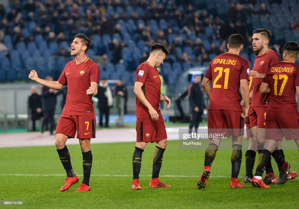 Lorenzo Pellegrini during the Italian Serie A football match between A.S. Roma and Spal at the Olympic Stadium in Rome, on december 01, 2017.