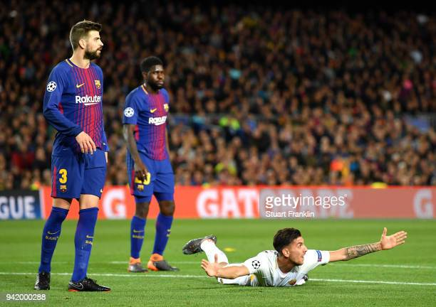 Lorenzo Pellegrini of AS Roma appeas to the referee during the UEFA Champions League Quarter Final Leg One match between FC Barcelona and AS Roma at...