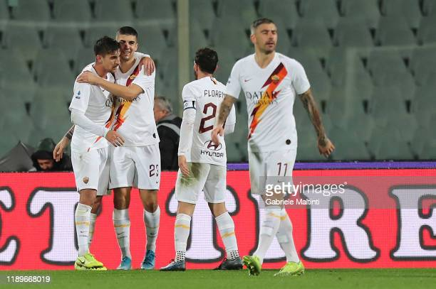 Lorenzo Pellegrini of AS Roma celebrates after scoring a goal during the Serie A match between ACF Fiorentina and AS Roma at Stadio Artemio Franchi...