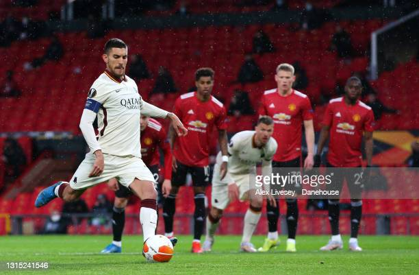 Lorenzo Pellegrini of AS Roma scores a penalty for his team making it 1-1 during the UEFA Europa League Semi-final First Leg match between Manchester...