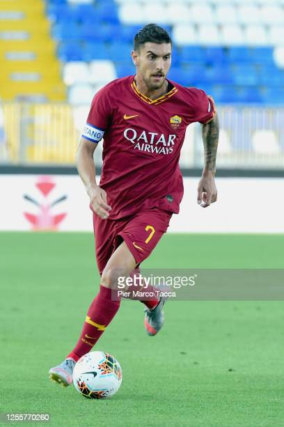 Lorenzo Pellegrini of AS Romain in action during the Serie A match between Brescia Calcio and AS Roma at Stadio Mario Rigamonti on July 11, 2020 in...