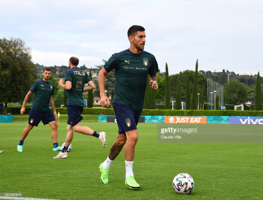 Italy Training Session And Press Conference : ニュース写真
