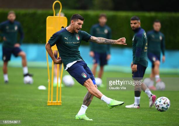 Lorenzo Pellegrini of Italy in action during a Italy training session at Centro Tecnico Federale di Coverciano on June 08, 2021 in Florence, Italy.