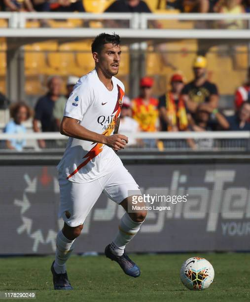 Lorenzo Pellegrini of Roma during the Serie A match between US Lecce and AS Roma at Stadio Via del Mare on September 29, 2019 in Lecce, Italy.