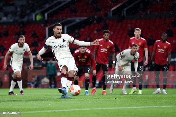Lorenzo Pellegrini of Roma scores their team's first goal from the penalty spot during the UEFA Europa League Semi-final First Leg match between...