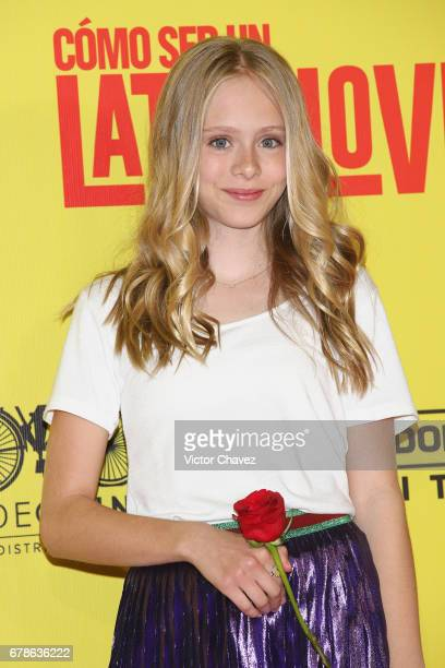 Loreto Peralta attends the How To Be A Latin Lover Mexico City premiere at Teatro Metropolitan on May 3 2017 in Mexico City Mexico