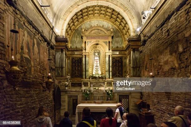 loreto,sacello,interior of santa casa - basilica stock pictures, royalty-free photos & images