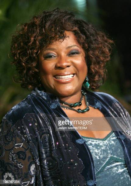 """Loretta Devine during """"Dreamgirls"""" Los Angeles Premiere - Arrivals at Wilshire Theatre in Beverly Hills, California, United States."""