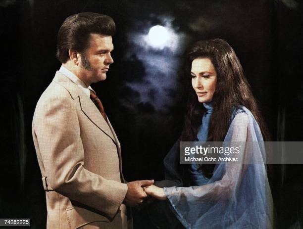 Loretta Lynn and Conway Twitty pose for a portrait in circa 1979.