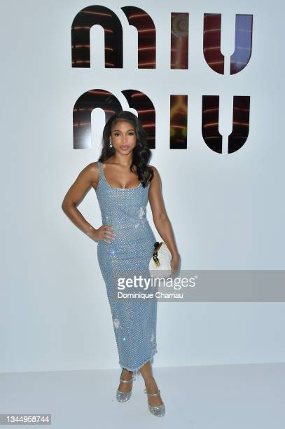 Lori Harvey attends Miu Miu show Photocall as part of the Paris Fashion Week - Womenswear Spring Summer 2022 on October 05, 2021 in Paris, France.