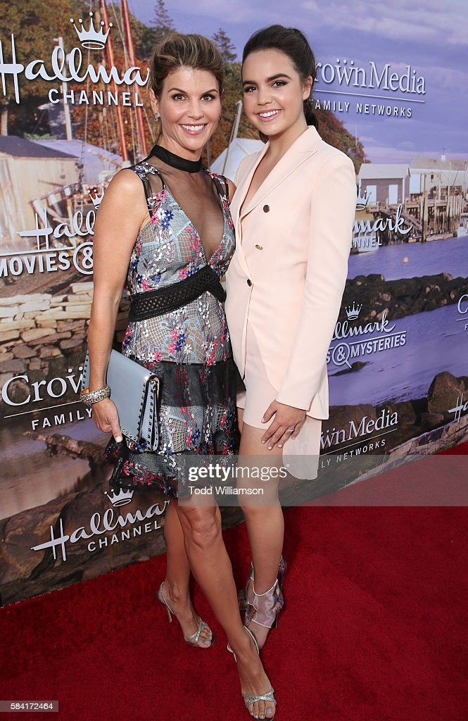 Hallmark Channel And Hallmark Movies And Mysteries Summer 2016 TCA Press Tour Event - Red Carpet : Nachrichtenfoto