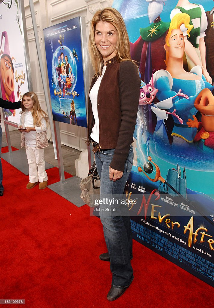 """Los Angeles Premiere of LionsGate's """"Happily N'Ever After"""" Hosted by the Hot Moms Club : News Photo"""