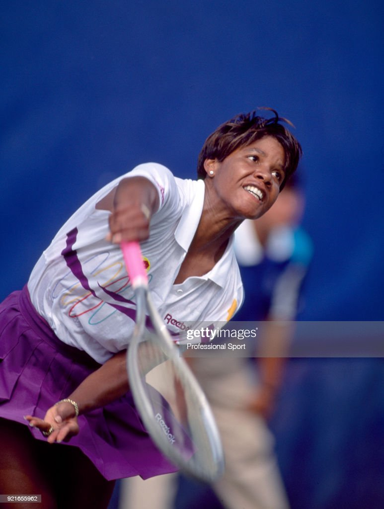 Lori McNeil of the USA in action during the US Open at the USTA National Tennis Center, circa September 1992 in Flushing Meadow, New York, USA.