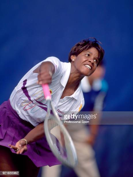 Lori McNeil of the USA in action during the US Open at the USTA National Tennis Center circa September 1992 in Flushing Meadow New York USA