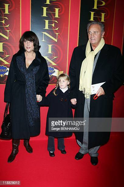 Lorie And Garou Failed In Love In The Evening Of Beijing Circus Stars In Paris France On December 03 2007 Roger Hanin with his daughter Isabelle and...