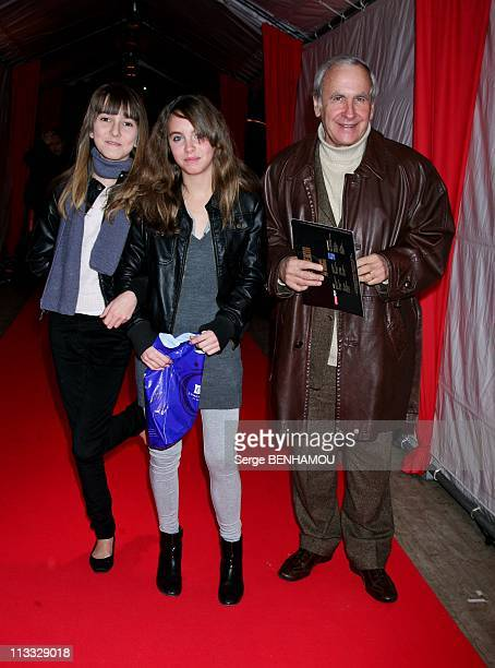 Lorie And Garou Failed In Love In The Evening Of Beijing Circus Stars In Paris France On December 03 2007 Patrice Laffont and her daughter Mathilde...