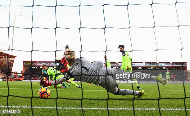 Loris Karius of Liverpool fails to stop Ryan Fraser of AFC Bournemouth from scoring their second goalduring the Premier League match between AFC...