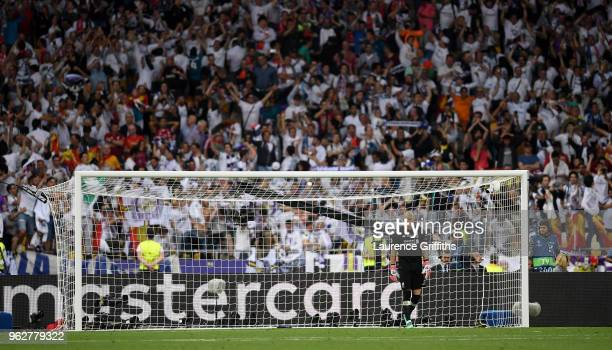Loris Karius of Liverpool looks dejected following Real Madrid's third goal during the UEFA Champions League Final between Real Madrid and Liverpool...