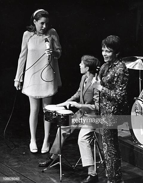 Lorna Luft Joey Luft and Judy Garland during Judy Garland Performance at The Palace Theater July 31 1967 at The Palace Theater in New York City New...