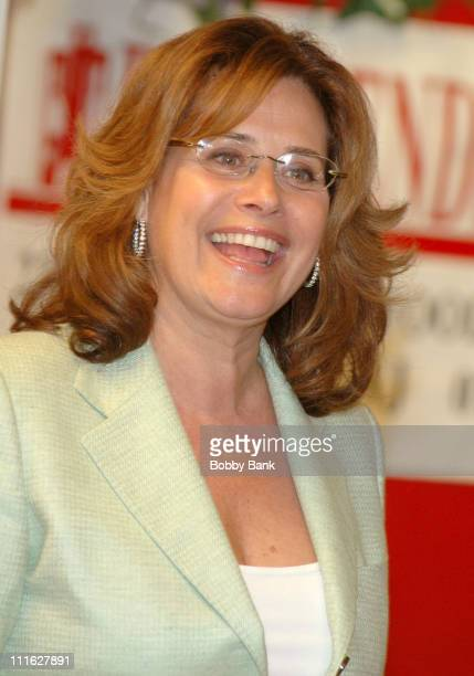 """Lorraine Bracco during Lorraine Bracco Signs Her Book """"On the Couch"""" at Bookends - June 7, 2006 at Bookends in Ridgewood, New Jersey, United States."""
