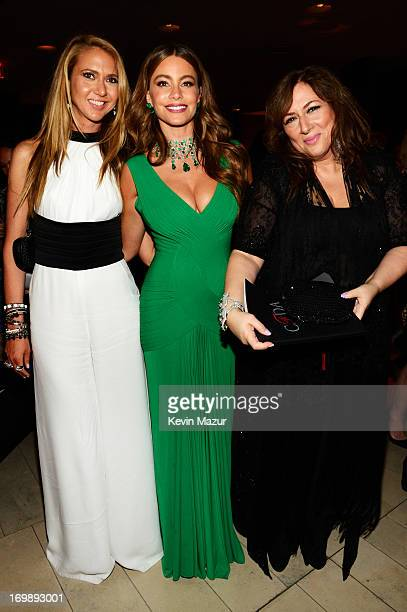 Lorraine Schwartz and Sofia Vergara attend 2013 CFDA Fashion Awards at Alice Tully Hall on June 3 2013 in New York City