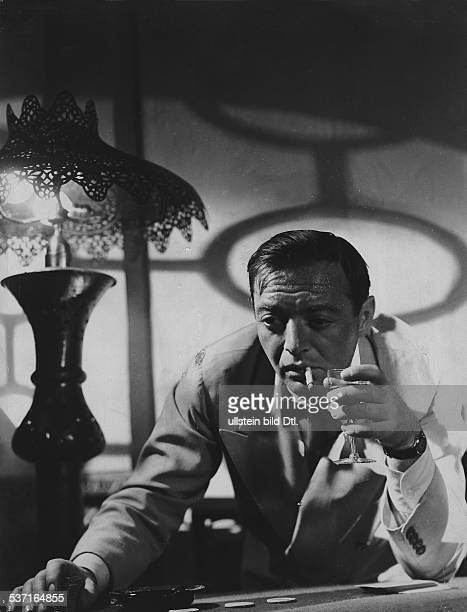 Lorre, Peter - Actor, Germany - Scene from the movie 'Casablanca'' Directed by: Michael Curtiz USA 1942 Produced by: Warner Brothers Vintage property...