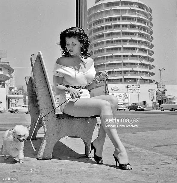 Los Angeles 033 c MOA Hollywood Capitol Records Joan Bradshaw 981957 Photo by Michael Ochs Archives/Getty Images