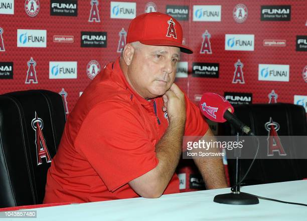 Los Angeles Angels of Anaheim manager Mike Scioscia announces his retirement at a postgame press conference after the Angels defeated the Oakland...
