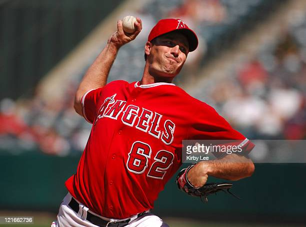 Los Angeles Angels of Anahiem reliever Scot Shields pitches during 98 victory in 10 innings over the Detroit Tigers at Angel Stadium in Anaheim Calif...