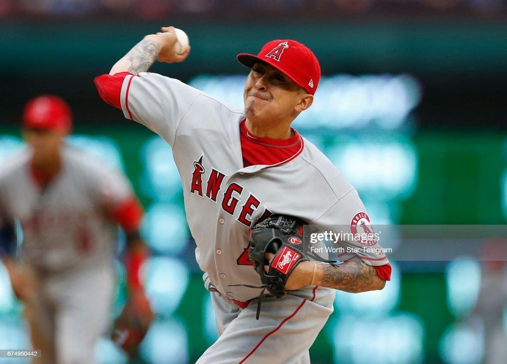 LA Angels at Texas : News Photo