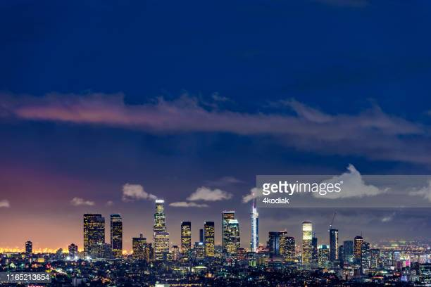 los angeles at twilight - los angeles mountains stock pictures, royalty-free photos & images
