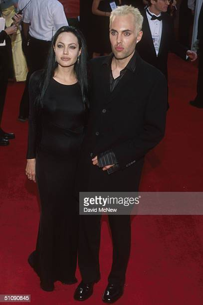 Los Angeles Ca Angelina Jolie With Her Brother James Haven At The 72Nd Annual Academy Awards