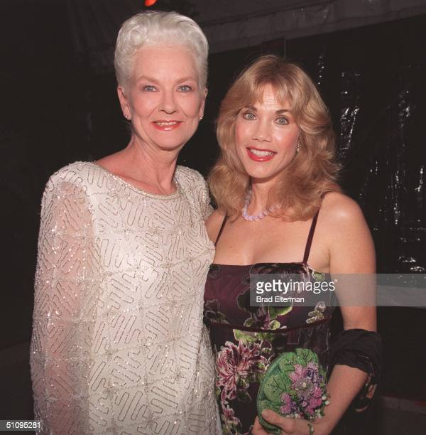 Los Angeles Ca Barbi Benton With Janet Pilgrim At The Playboy Expo '99 Playmate Reunion Held At The Pacific Design Center