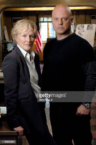 3/4/2005 Los Angeles CA Glenn Close and Michael Chiklis on the set of FX series 'The Shield' which Close joins this season as the precinct captain