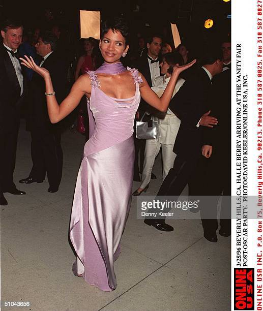 Los Angeles, Ca Halle Berry Arriving At The Vanity Fair Post Oscar Party.