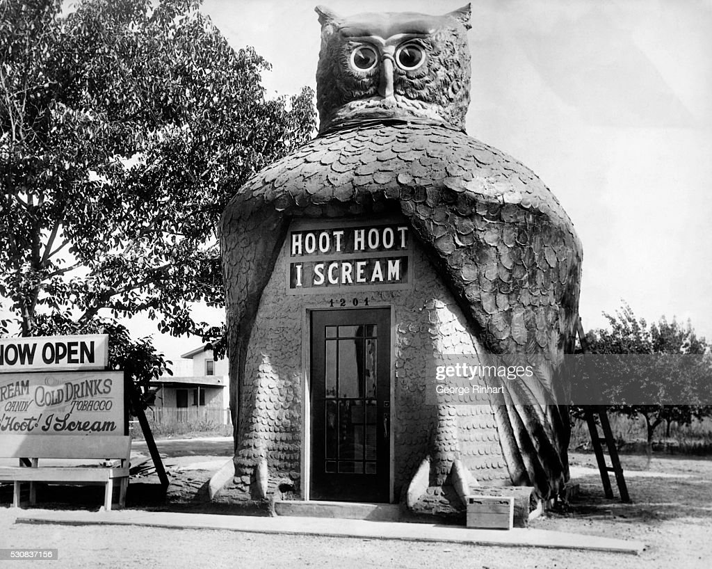 Los Angeles, CA- 'Hoot Hoot-I Scream': Owl-shaped ice cream stand in Los Angeles, California. Undated photograph circa 1930. BPA2# 5266