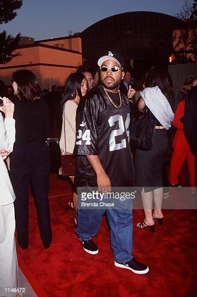 Los Angeles CA Ice Cube at the premiere of Bowfinger Photo Brenda Chase/Online USA Inc