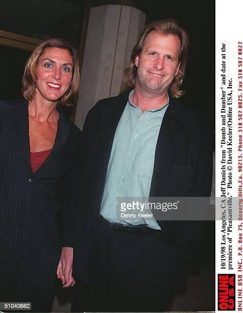 Los Angeles Ca Jeff Daniels From 'Dumb And Dumber' And Date At The Premiere Of 'Pleasantville'
