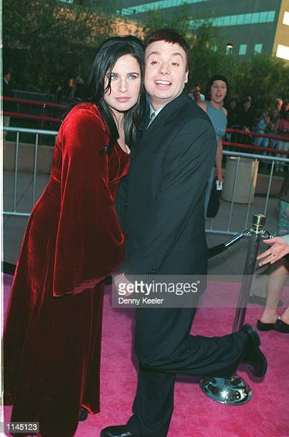 Los Angeles CA Mike Myers and wife at the premiere of The Spy Who Shagged Me Photo David Keeler/Online USA Inc