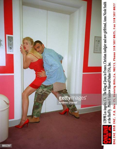 Los Angeles Ca The King of Jeans in France Christian Audigier and his new girlfriend Anna Nicole Smith at the BarFly