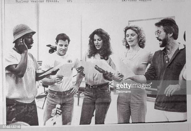 Los Angeles California Actors Levar Burton and Brad Davis join actresses Patti Davis and Lee Remick as they rehearse a musical number with Jerry...