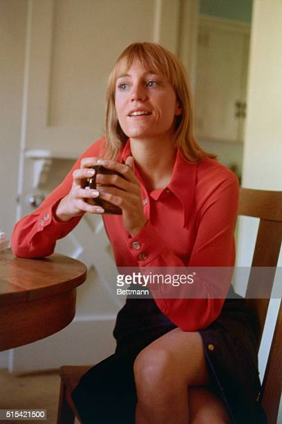 Los Angeles California Actress Carrie Snodgress star of Diary of a Mad Housewife shown in kitchen of her North Hollywood home in October