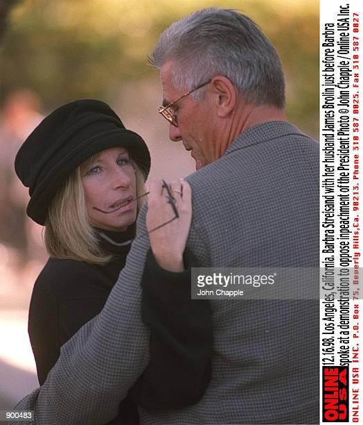 121698 Los Angeles California Barbra Streisand with husband James Brolin just before Barbra spoke at a demonstration to oppose the impeachment of the...