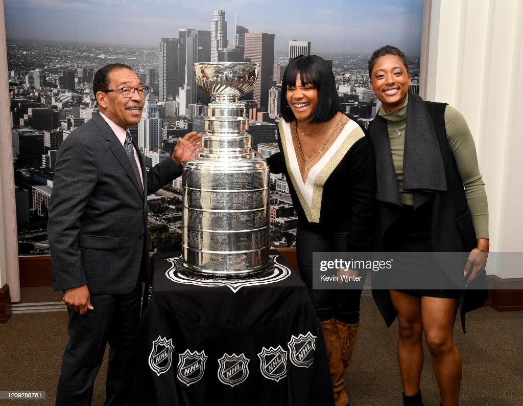 Tiffany Haddish Brings The Stanley Cup To The LA City Council Meeting To Celebrate Black Hockey History Month : News Photo