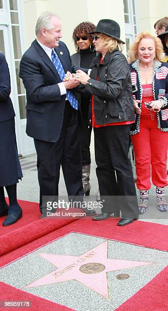 Los Angeles city council member Tom LaBonge actresses Beverly Todd and Angie Dickinson and singer/songwriter Carol Connors attend the Johnny Grant...