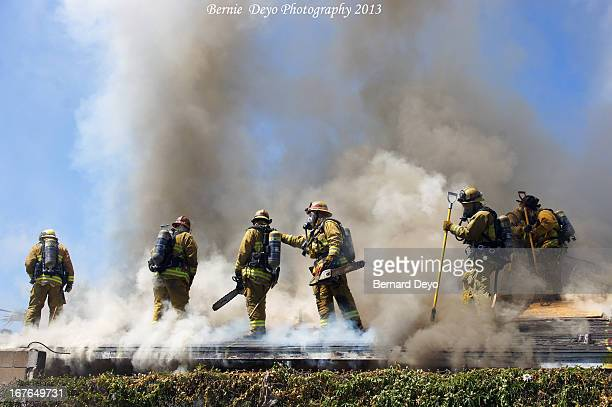 CONTENT] Los Angeles County Fire Fighters conduct live Fire Training on vacant buildings in Inglewood