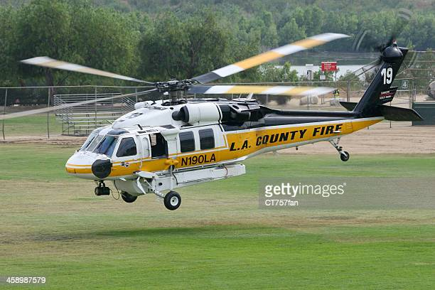 los angeles county fire helicopter - sikorsky helicopter stock pictures, royalty-free photos & images