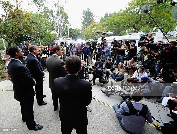 Los Angeles County Sherriff Lt John Corina holds a news conference regarding the new investigation into actress Natalie Woods drowning death at Los...