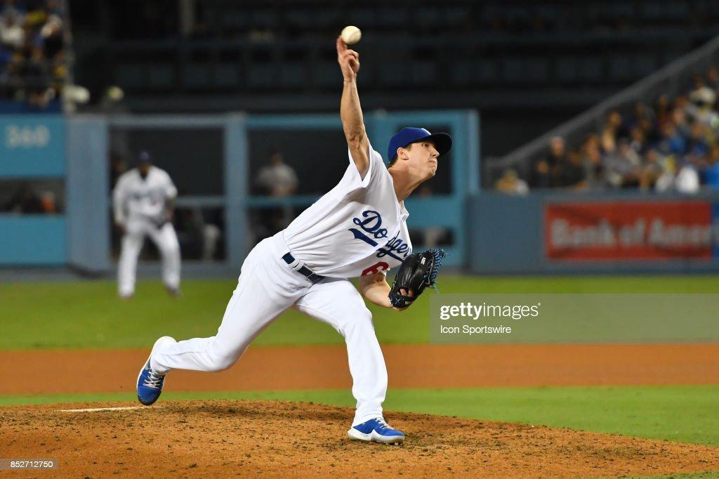 MLB: SEP 23 Giants at Dodgers : News Photo